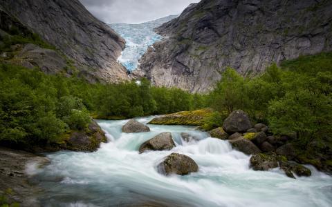 冰川河岩石石树高清壁纸