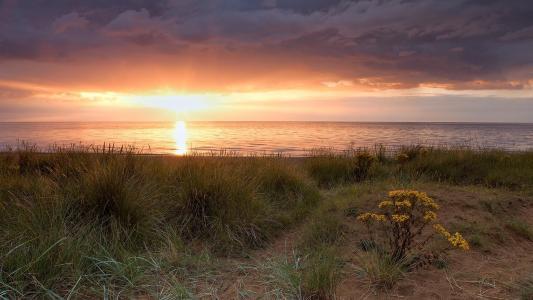 在诺福克郡英格兰壁纸惊人的海滩