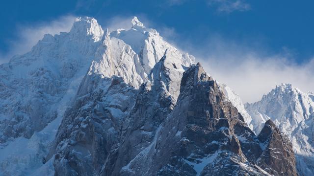 雪山风景桌面壁纸