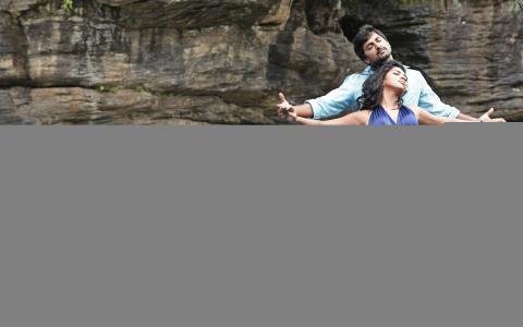 纳尼和阿玛拉保罗在Jenda排Kapiraju壁纸