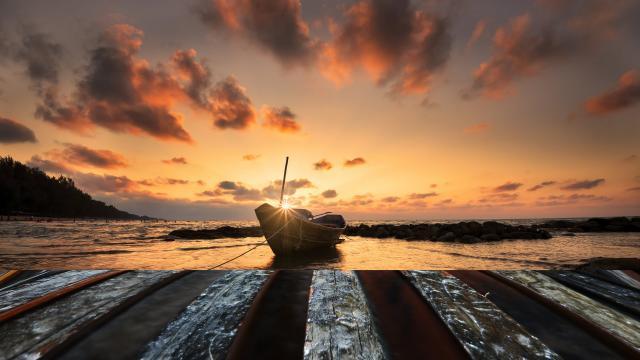 夕阳下的船舶码头风景图片