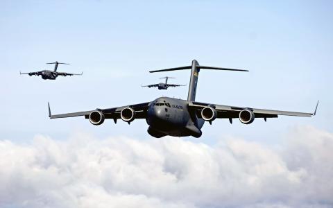 C 17环球霸王III战区内重空运支持高清壁纸
