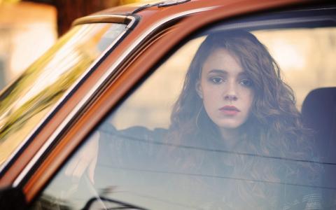 汽车,窗口壁纸的女孩