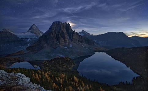 Mountains壁纸之夜
