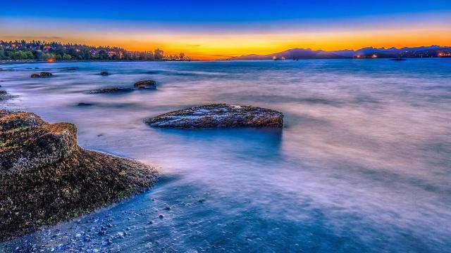 唯美夕阳海滩风景图片