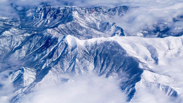 唯美雪山图片