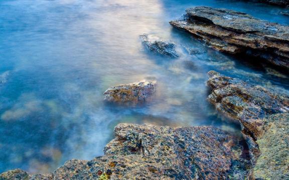 蓝色调的自然美景图片