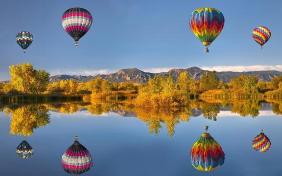 热气球旅行风景桌面壁纸