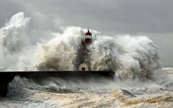 高清海浪图片