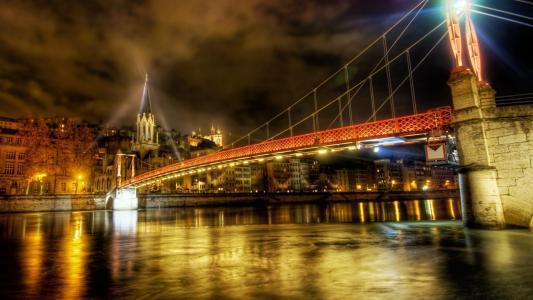 里昂法国大桥夜间HDR壁纸