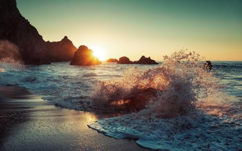 大海海浪浪花图片