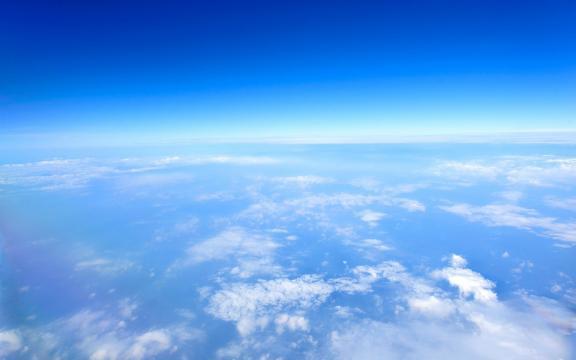天空云端图片壁纸