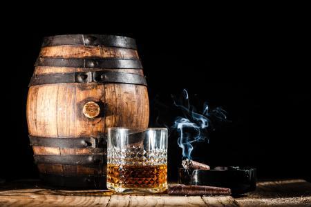 饮料,酒精,桶,桶,威士忌,朗姆酒,白兰地,干邑,雪茄,烟草