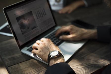 技术,商务,咖啡厅,在线,手,休息,笔记本电脑,工作,连接,表,咖啡厅,互联网,连接,打字,博客,专业,办公桌,办公室,手表