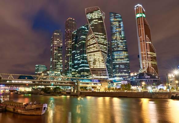 莫斯科市,桥,普列斯妮娅Naberezhnaya,莫斯科河,摩天大楼,夜晚的城市,俄罗斯,莫斯科,建设,河