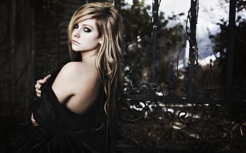 艾薇儿Lavigne再见摇篮曲